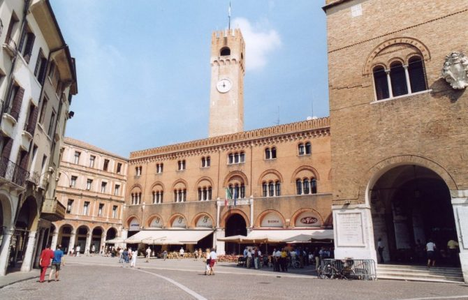 TV-Piazza dei Signori