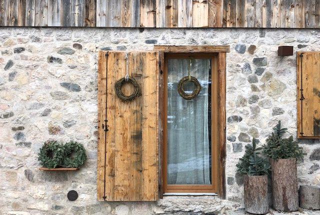 08. Particolare finestra esterna