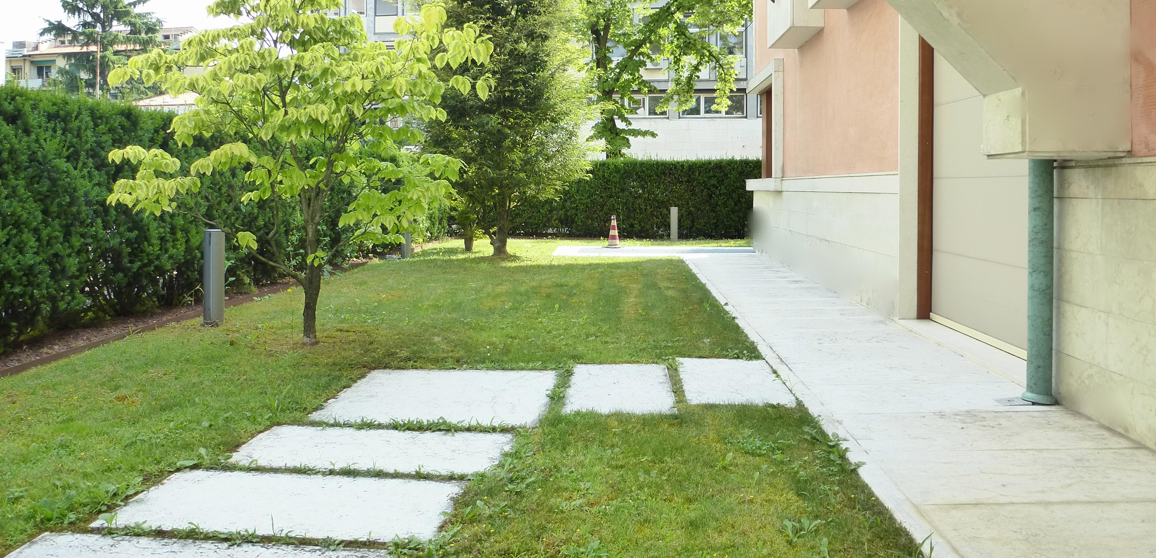 Appartamento con giardino – Residence Villa AnnaMaria