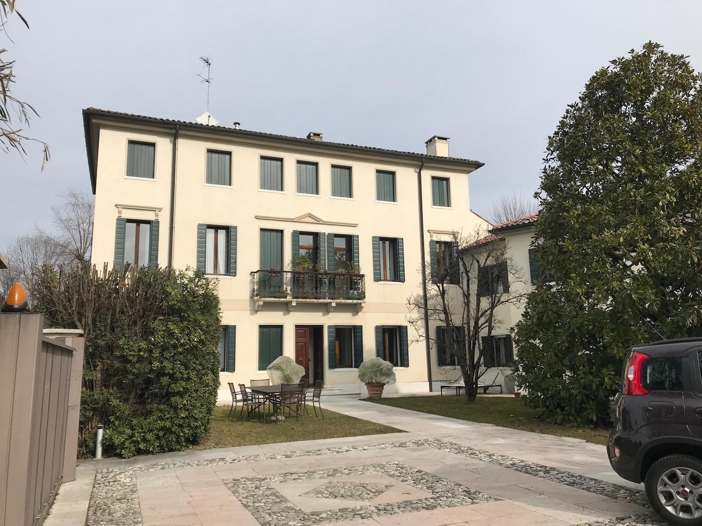 Appartamento in Villa – Via Delle Acquette