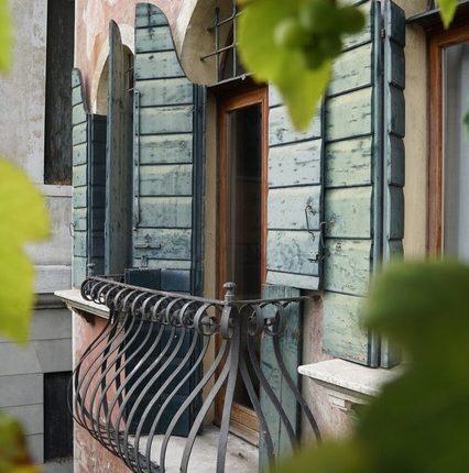 Particolare balconcino 2